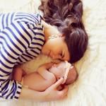 Làm mẹ đơn thân ở tuổi học trò cần một nghị lực lớn