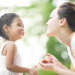 Tại sao con gái phải lấy chồng hả mẹ