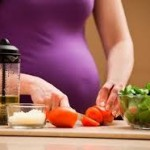 Chế độ dinh dưỡng cho bà bầu 3 tháng đầu và 3 tháng cuối thai kỳ hợp lý tốt nhất