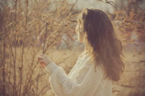 Vội yêu một ai đó chỉ vì cô đơn, có nên không  ?