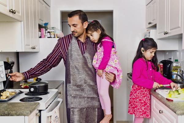Nhiều khó khăn khi làm bố đơn thân