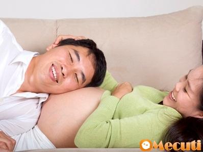 Bí quyết hay giúp vợ chồng vun đắp mặn nồng khi mang thai