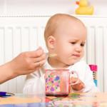 Một số mẹo giúp mẹ trị trẻ biếng ăn