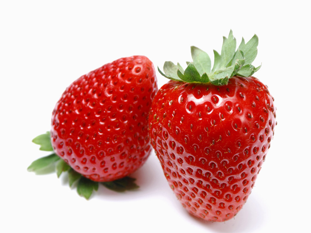 Ngoài ra, dâu tây còn dồi dào vitamin nhóm B có tác dụng duy trì sức khỏe tim mạch.
