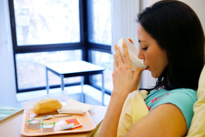 17 loại thực phẩm nguy hiểm dễ khiến bà bầu sảy thai