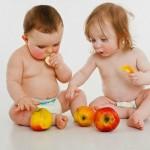 4 cách giúp bé ăn ngon vào mùa hè nắng nóng