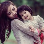 """Ngày đầu tiên tôi biết mình làm mẹ, cảm xúc duy nhất """"hoang mang"""""""