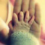 Thư gửi con gây xúc động, của một người sắp làm mẹ đơn thân