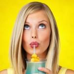 9 thói quen vô tình cướp đi sự trẻ trung và xinh đẹp của phụ nữ