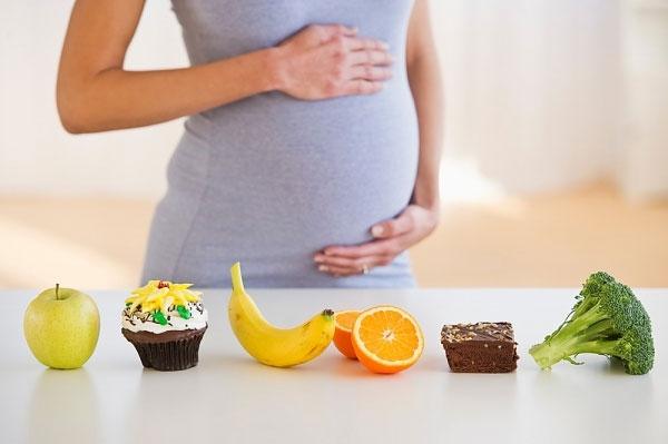 Mẹ bầu nên ăn gì để con thông minh