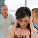 Bố mẹ chồng khó tính tôi liệu có nên ly hôn chồng?