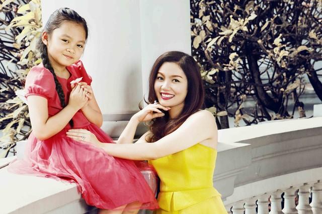 Ca sĩ Ngọc Anh và con gái