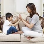 Học cách khen ngợi con của mẹ Nhật