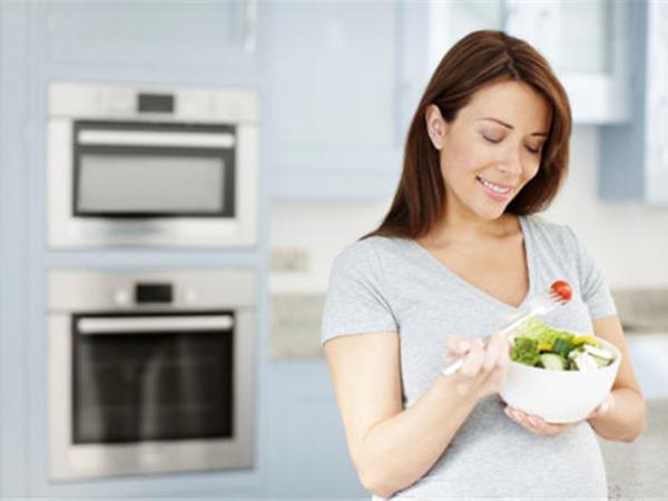 Thực phẩm giàu chất xơ giúp ngừa táo bón cho bà bầu