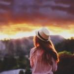 Ngày mai không có anh, mặt trời sẽ vẫn mọc, trái đất sẽ vẫn quay…