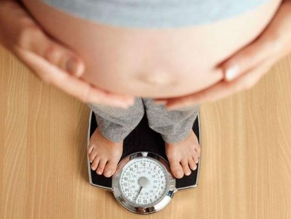 Bà bầu ăn gì để không tăng cân nhiều?