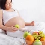 Bà bầu nên kiêng gì khi mang thai 3 tháng giữa?