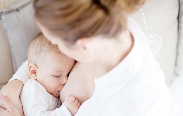 Kết quả hình ảnh cho sữa cho bé bú