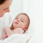 Thời điểm thích hợp để mẹ cai sữa cho bé
