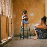 Đối mặt với cuộc sống làm mẹ đơn thân