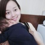 Hot girl làm mẹ đơn thân Ly Kute nhận 'bão like' với thơ tặng con