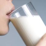 Khi nào nên uống sữa bầu là tốt nhất?