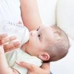 Trẻ sơ sinh bú thế nào là đủ để phát triển hoàn thiện