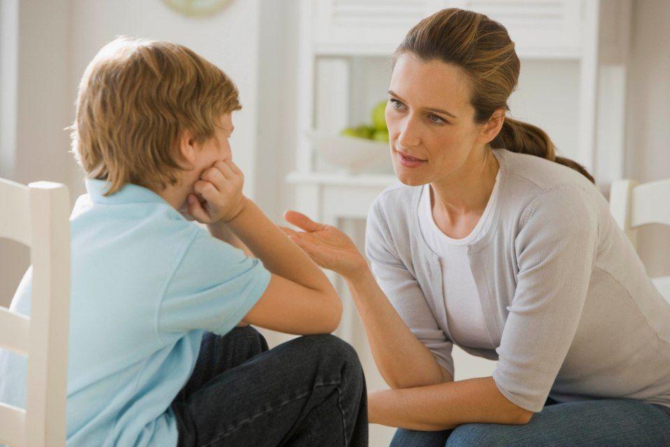 Kết quả hình ảnh cho bố mẹ dạy trẻ