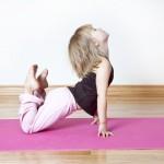 Các bài tập Yoga cho trẻ em giúp thoải mái tinh thần hiệu quả