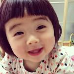 Em bé siêu dễ thương ăn nhiều khiến các mum phải kinh ngạc