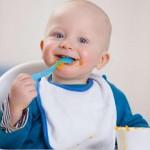 Thực đơn cho bé từ 6-12 tháng tuổi bổ sung đầy đủ dưỡng chất