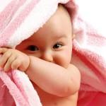 Cách chăm da bé mịn như nhung trong mùa hanh khô