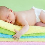 Lưu ý khi dùng nước xả vải cho quần áo trẻ sơ sinh