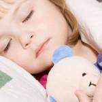 Để bé ngủ ngon giúp phát triển chiều cao và nâng cao trí tuệ