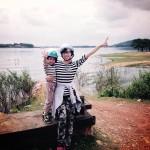 Mẹ đơn thân phượt cùng con trai 4 tuổi trên xe Minsk gây thích thú