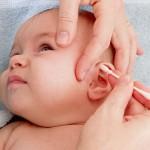 4 cách hay giúp mẹ vệ sinh đôi tai cho trẻ sơ sinh hiệu quả