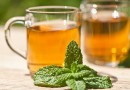 Bà bầu ăn uống gì cho mát: 5 loại trà dành riêng cho thai phụ