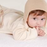 Những tiêu chí lựa chọn quần áo cho trẻ sơ sinh