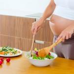 Bà bầu có nên ăn chay hay không?
