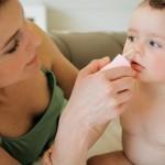 Sai lầm mẹ hay mắc phải khi bé bị sổ mũi
