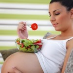 Sở thích ăn uống của mẹ bầu ảnh hưởng đến khẩu vị của con như thế nào?