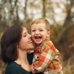Mẹ đơn thân: Không phải là tấm huân chương cho phụ nữ hiện đại