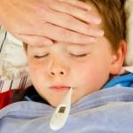 Những thực phẩm cần tránh cho trẻ ăn khi bị sốt