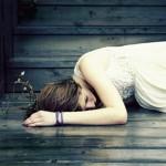 Đi mở lòng với người khác làm gì rồi giờ lại tổn thương lần nữa.