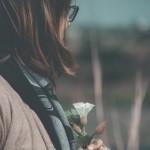 Đàn bà từng đi qua tổn thương vẫn luôn có thể kiêu hạnh