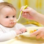 """Mách mẹ 8 thực phẩm """"lành tính"""" cho bé ăn dặm lần đầu"""