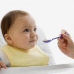 Thực đơn ăn dặm cho bé 5 tháng tuổi mẹ nên tham khảo