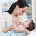 Top sữa bột tốt nhất cho trẻ sơ sinh từ 0-6 tháng tuổi