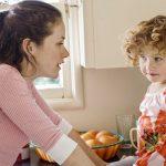 Nghiên cứu chỉ ra rằng: Mẹ càng nghiêm khắc con sẽ càng thành công hơn