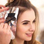 Phụ nữ đang cho con bú có nên nhuộm tóc hay không?